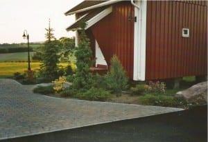 steindekke utenfor hus